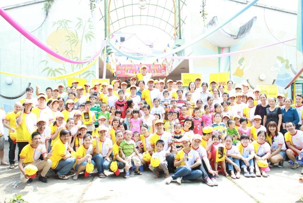 Công ty DHL đông nhân viên nhất thế giới